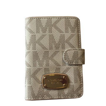 Picture of MICHAEL Michael Kors Jet Set Item Passport Case